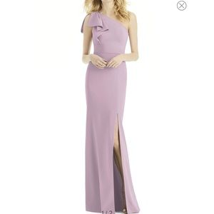 Bow One-Shoulder Gown with Slit